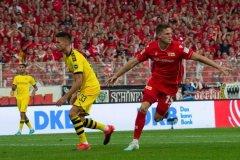 拜仁慕尼黑垄断德甲的优势之一?多特蒙德易追尾的两常规方式