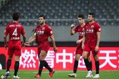 17岁小将现身中超预备队联赛,球迷:他在上港,既是幸运也是不幸